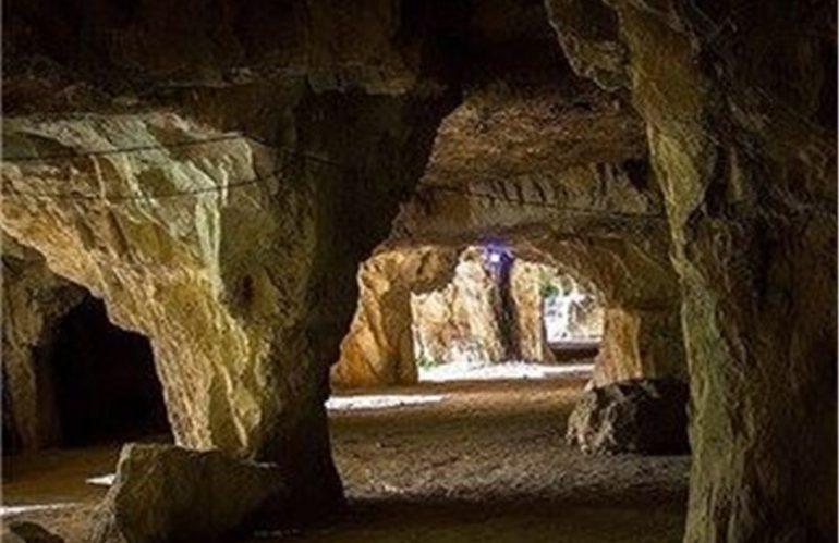 Sang-Shekan Cave,Jahrom